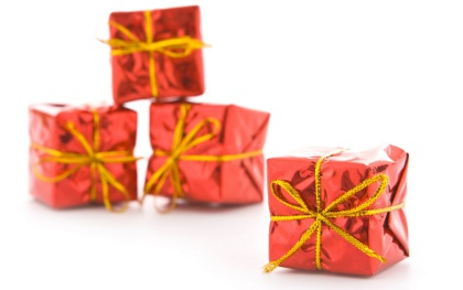 Упаковка подарка с цветком 91