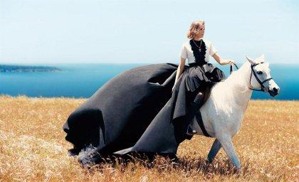 в чем встречать 2014 год лошади