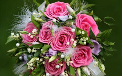 Цветы жене в подарок