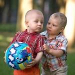 Что подарить ребенку на 2 года?