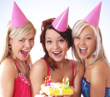 что подарить подруге на день рождения 15 лет