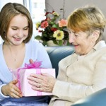 Подарок бабушке на день рождения своими руками